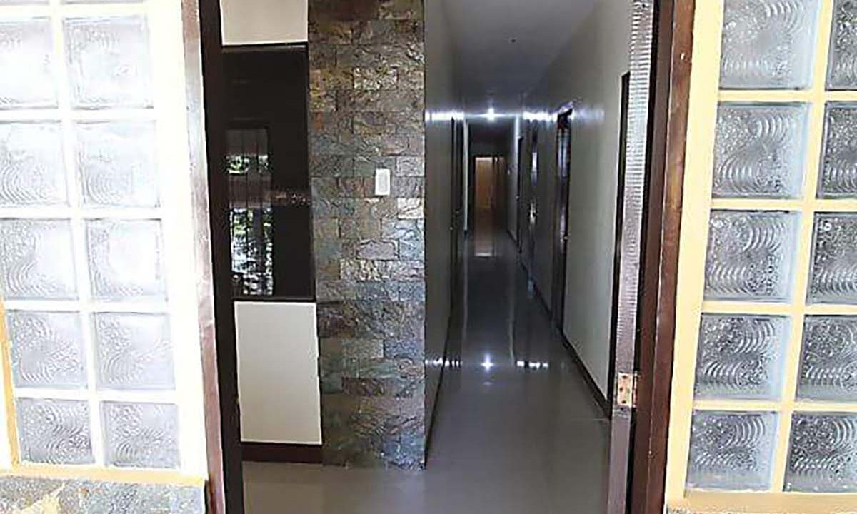20-Bedrooms-Boarding-House-For-Sale-near-MEZ-Lapu-Lapu-City-Cebu-Entrance