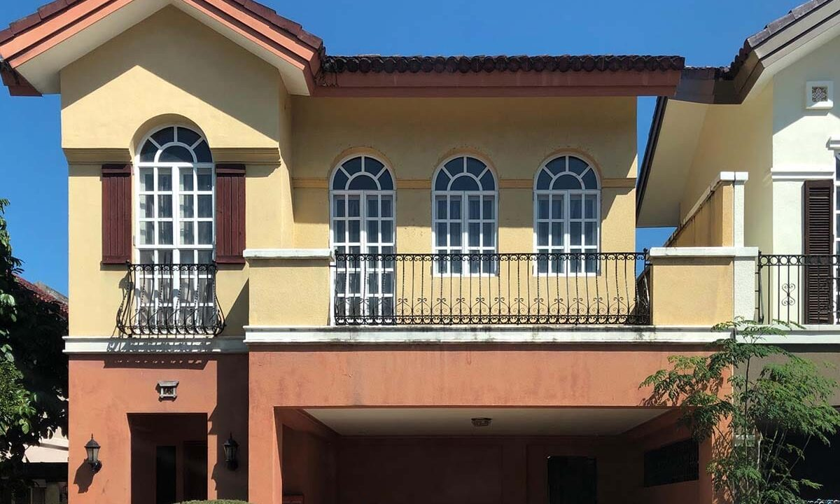 3-Bedrooms-Fully-Furnished-House-For-Sale-in-Paseo-San-Ramon-Banawa-Cebu-City