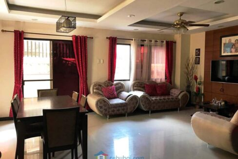 10-Rooms-Duplex-House-For-Sale-near-One-Pavilion-Place-in-Banawa-Cebu-City