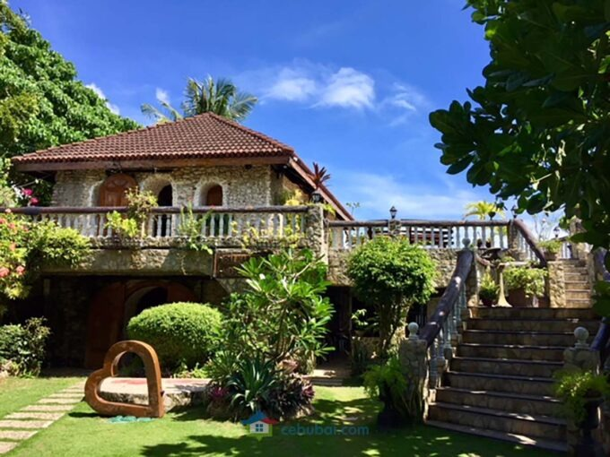 1908 SqM Resort with Antique Furniture For Sale in Argao Cebu (Baluarte)