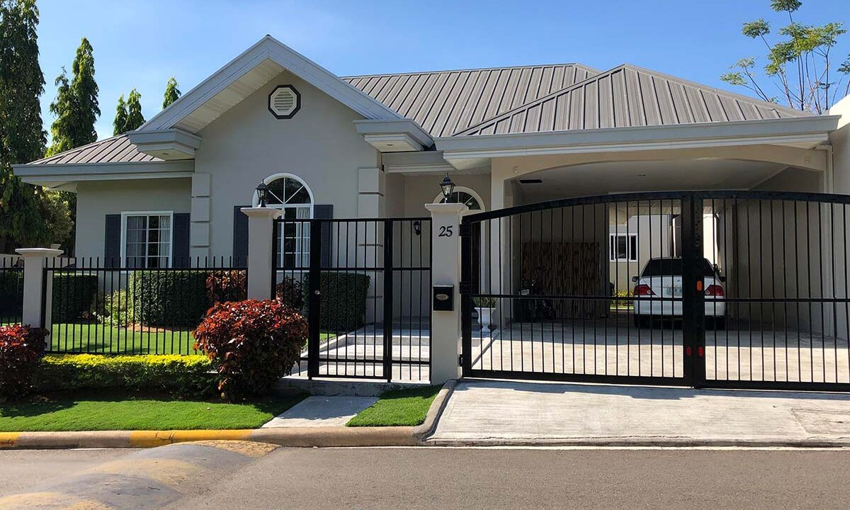 3-Bedrooms-Elegant-and-Spacious-House-For-Sale-in-Silver-Hills-Talamban-Cebu-City