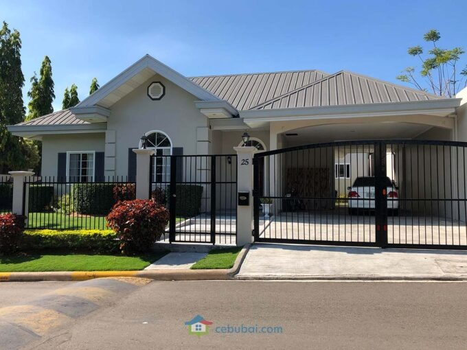 3 Bedrooms Elegant and Spacious House For Sale in Silver Hills Talamban Cebu City