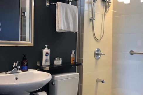 3-Bedrooms-Elegant-and-Spacious-House-For-Sale-in-Silver-Hills-Talamban-Cebu-City-Toilet-Bath