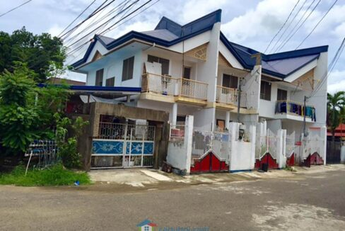 Corner Lot with 4 Apartment Units For Sale in Labangon Cebu City