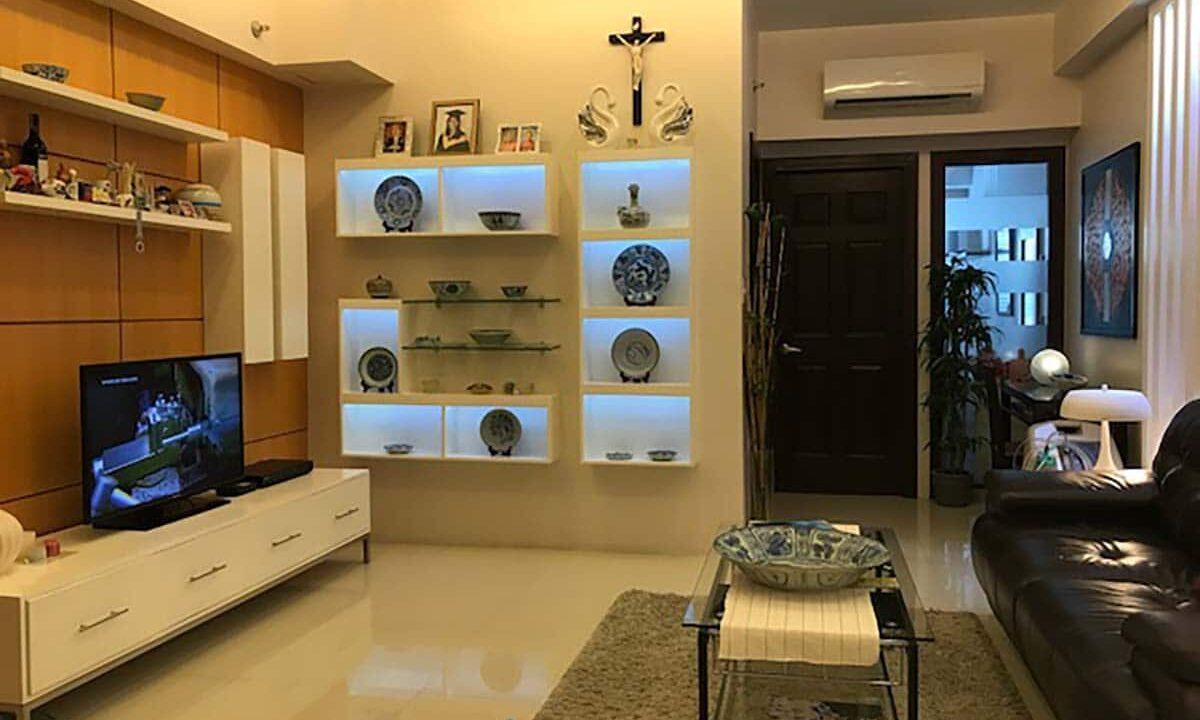 Elegantly-Furnished-1-Bedroom-Avalon-Condo-For-Sale-in-Cebu-Business-Park