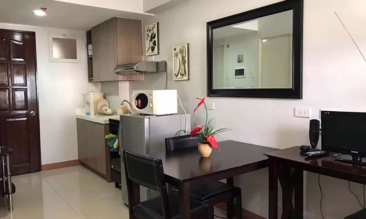 Fully-Furnished-Studio-Unit-For-Rent-in-La-Guardia-Flats-2-Salinas-Drive-Lahug-Cebu-City
