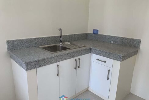 RFO-Corner-Townhouse-Unit-For-Sale-in-Woodway-Townhomes-Talisay-City-Cebu-Pantry-Area