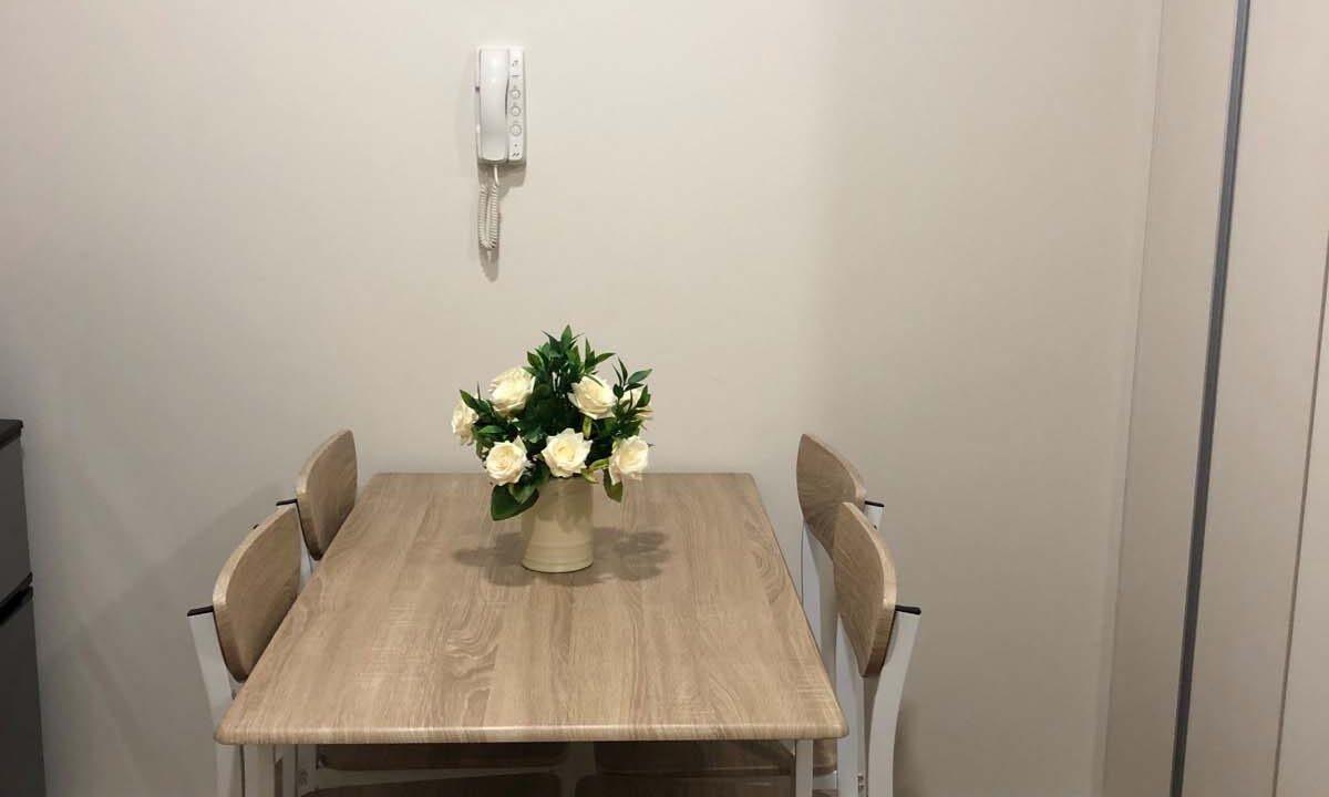 Minimalist-Studio-Condo-For-Rent-in-Solinea-Tower-2-Dining-Area