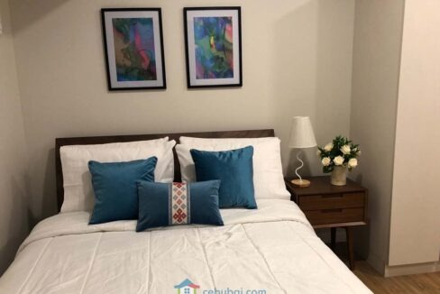 Minimalist-Studio-Condo-For-Rent-in-Solinea-Tower-2-Masters-Bed