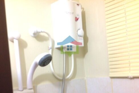 2-Bedroom-Condo-for-Sale-in-One-Oasis-Cebu-Hot-Cold-Shower