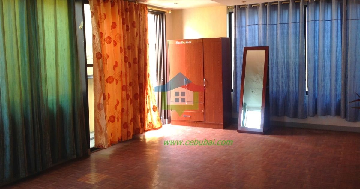 2-Story-House-For-Rent-in-Cebu-with-Swimming-Pool-02