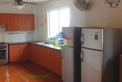 2-Story-House-For-Rent-in-Cebu-with-Swimming-Pool-Kitchen