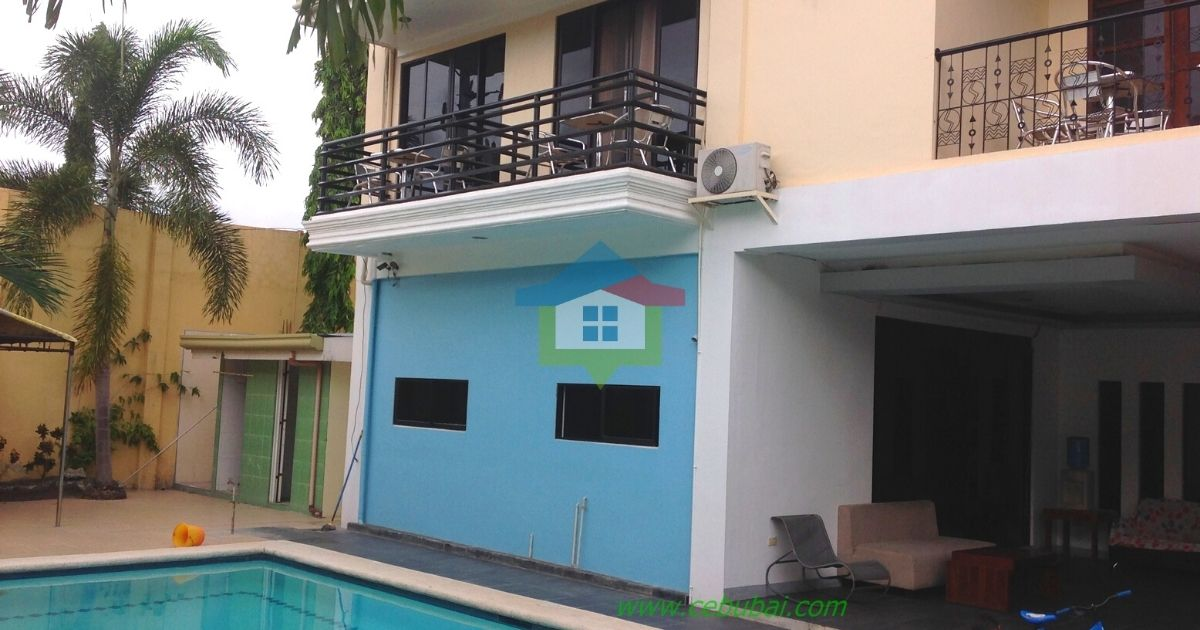 2-Story-House-For-Rent-in-Cebu-with-Swimming-Pool