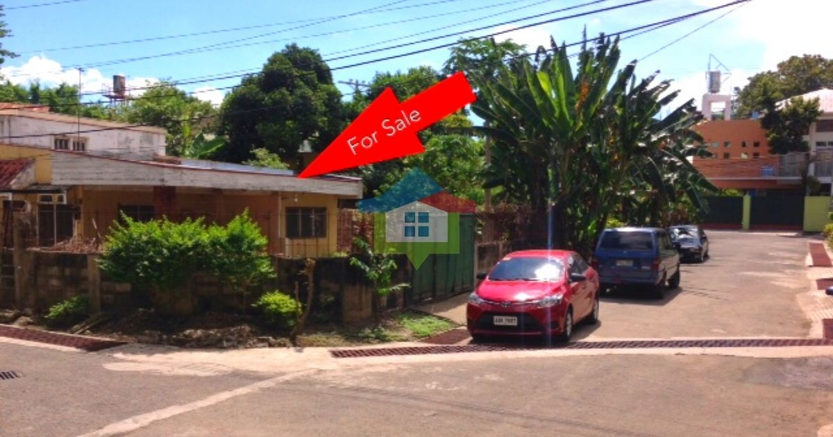 Corner-Bungalow-House-and-Lot-For-Sale-Banawa-Cebu-City