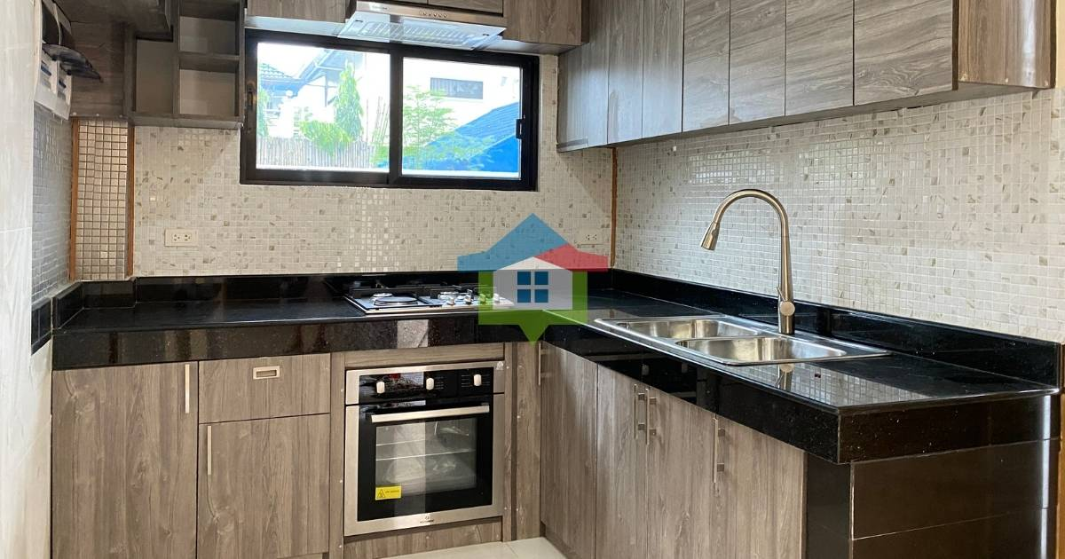 (Rush) New House and Lot For Sale in Pacific Grand Villas (Kitchen), Lapu-Lapu City