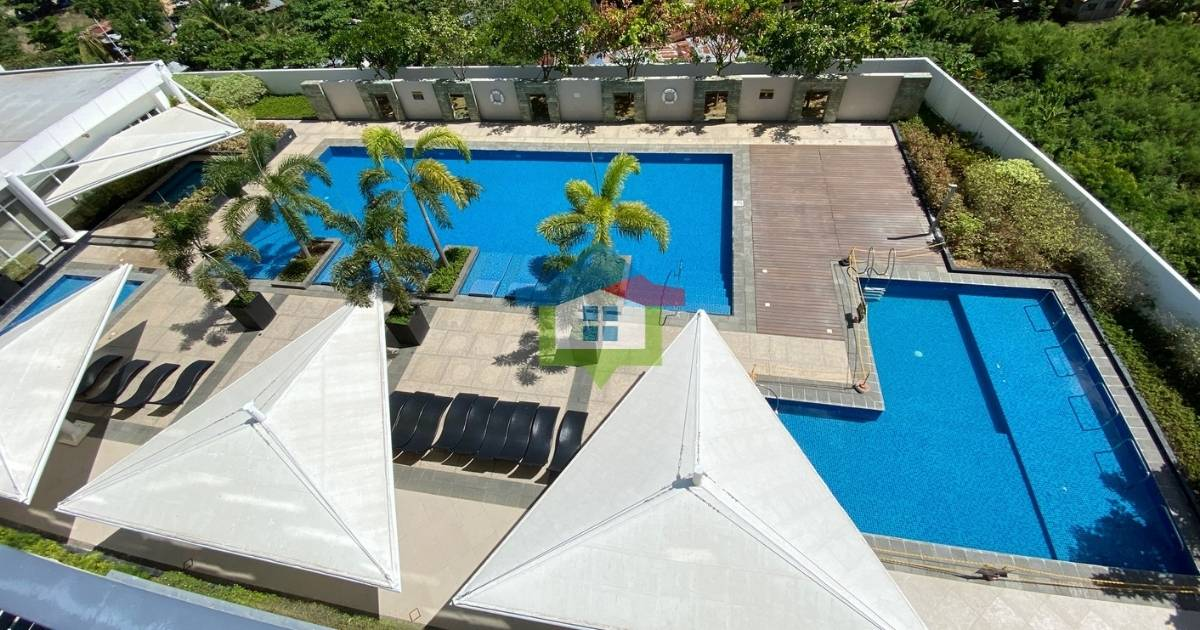 One Bedroom Condo For Sale at The Mactan Newtown Swimming Pool