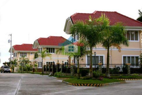 Brand-New-4-BR-Seaside-Living-House-For-Sale-in-Cebu-Road